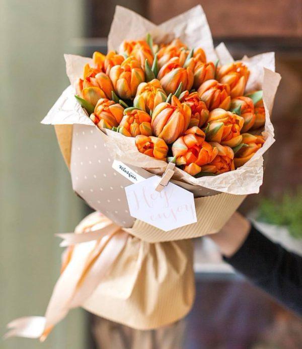 Монобукет из пионовидных тюльпанов Orange Princess