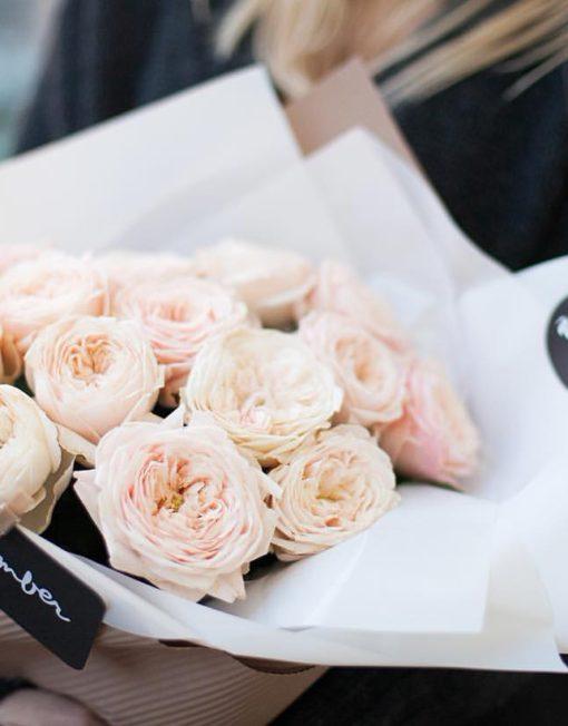 Монобукет из пионовидной розы Менсфилд парк