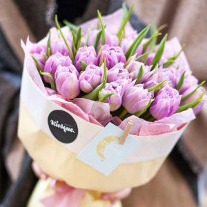 Букет из пионовидных тюльпанов сорта Double Price